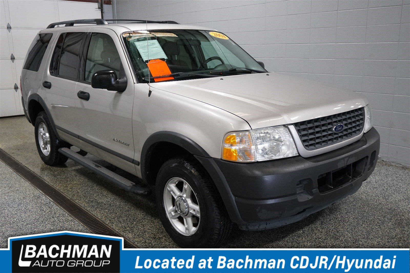 Pre owned 2004 ford explorer xls