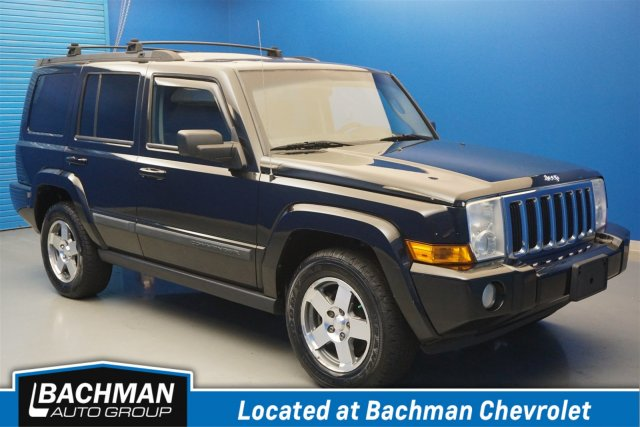 Pre-Owned 2009 Jeep Commander Sport