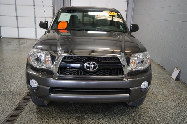 Pre-Owned 2011 Toyota Tacoma PreRunner RWD Extended Cab Pickup