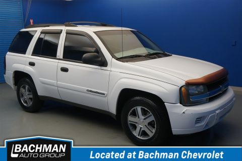 Pre-Owned 2002 Chevrolet TrailBlazer LS