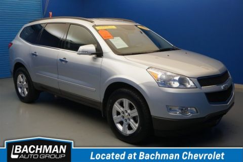 Pre-Owned 2012 Chevrolet Traverse LT w/1LT