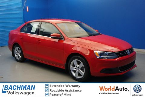 Certified Pre-Owned 2014 Volkswagen Jetta Sedan TDI
